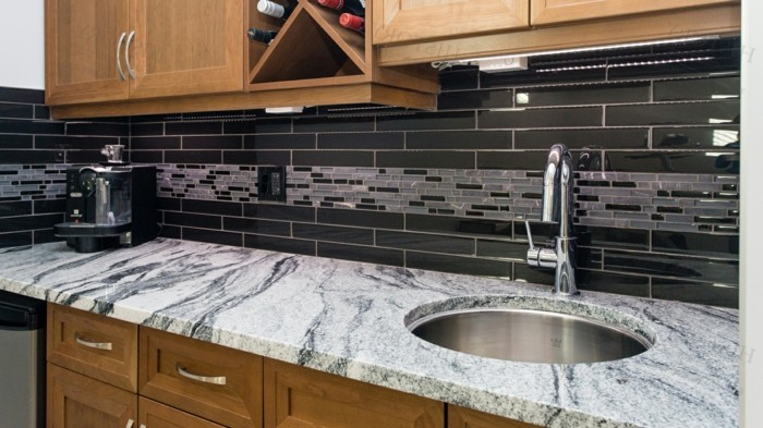 küchenarbeitsplatten aus granit geben einen schönen look der küche