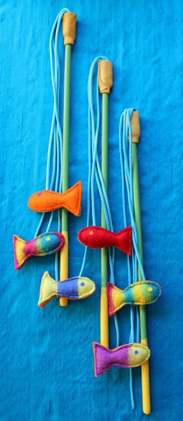 katzenspielzeug selber machen fische
