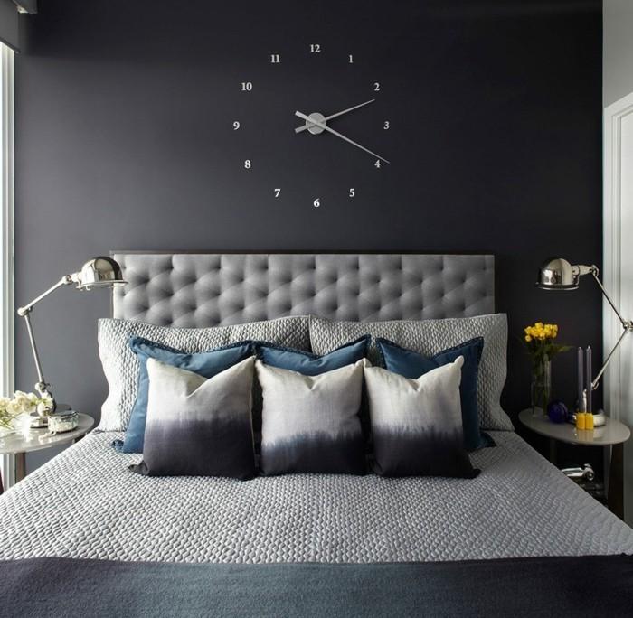 moderne wanduhren für das schlafzimmer futuristisch und ausgefallen