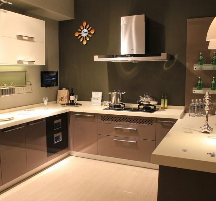 moderne wanduhren für die küche ausgefallenes design