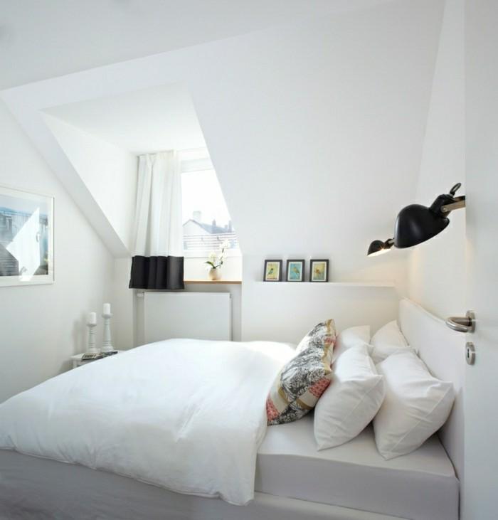schlafzimmer dachschräge weißes interieur und frische ausstrahlung
