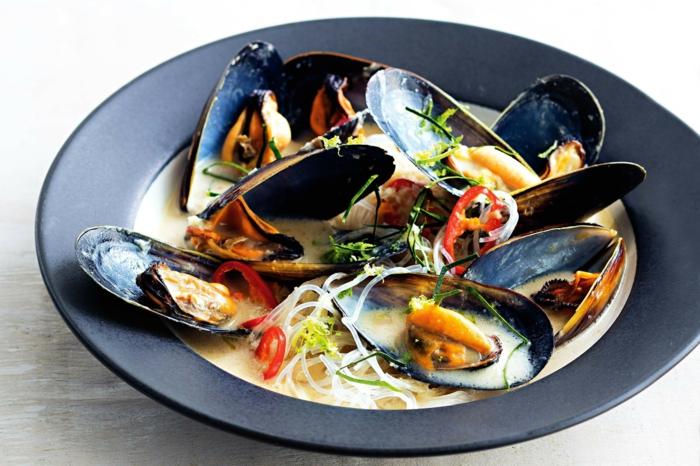 Muscheln kochen 2 probierenswerte rezepte mit miesmuscheln - Miesmuscheln kochen ...