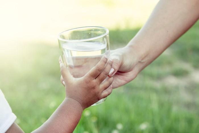 wasseraufbereitung sauberes wasser zum trinken und für alltägliche tätigkeiten
