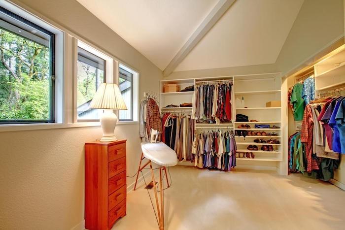 Dachboden Ankleideraum bügeln
