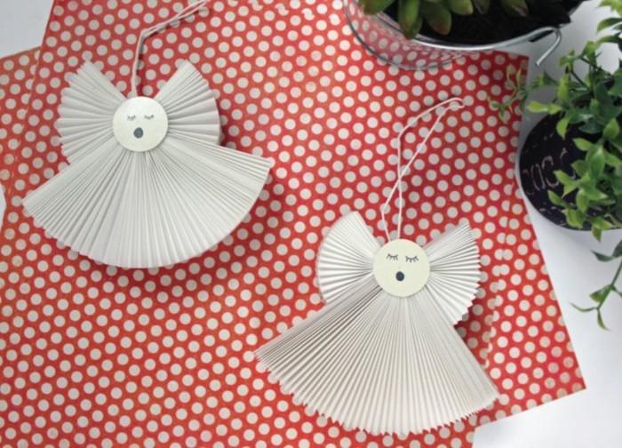 Engelsfluegel basteln mit pappteller basteln weihnachtsszmbole weihnachsschmuck