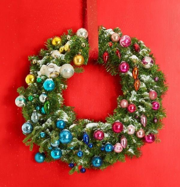 Weihnachtskranz-Idee-Kunstschnee