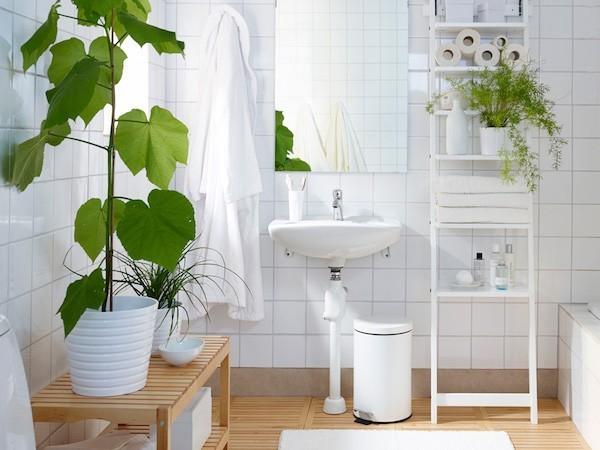 Zimmerpflanzen helles Badezimmer viel Licht grüne Oase ideen