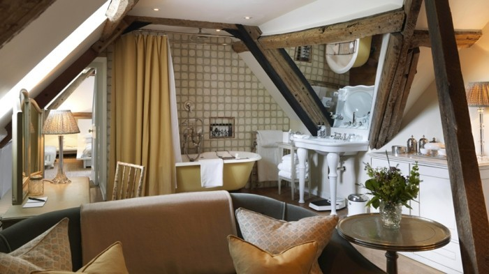 dachschräge einrichten modernes badezimmer gestalten