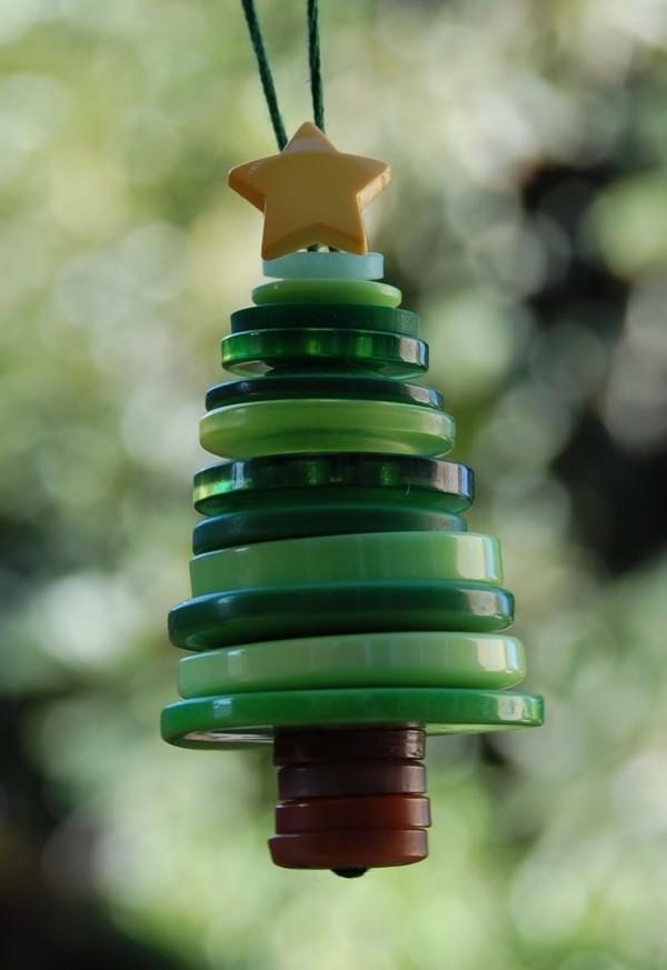 diy weihnachtsdeko dekoanhänger knöpfe