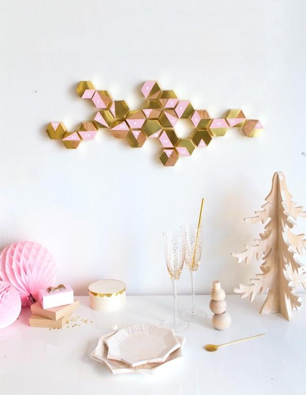 diy weihnachtsdekoration ideen adventskalender wanddeko kleiner weihnachtsbaum