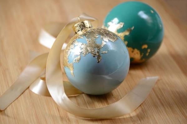 Diy weihnachtsdekoration ideen 35 untypische weihnachtliche dekoideen - Ausgefallene weihnachtskugeln ...