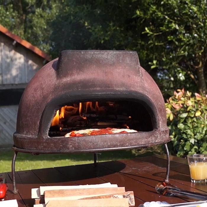 einen traditionellen pizzaofen selber bauen
