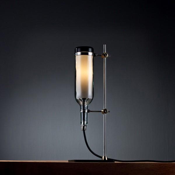 flaschenlampe aus weinflasche modern