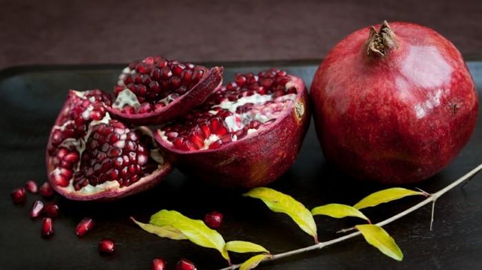 granatapfel essen anshchneiden