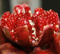 20 Ideen, wie man Granatapfel essen und richtig entkernen kann