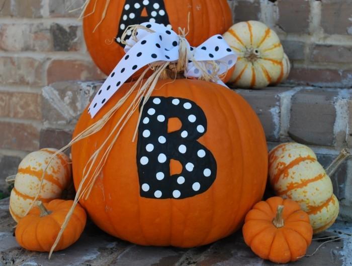 halloween kuerbis schnitzen dekoideen mit kuerbissen