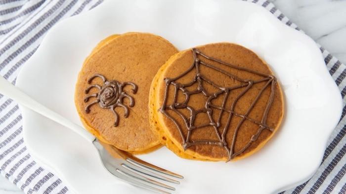 halloween kuerbispfannkuchen backen schokolade deko
