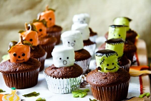 halloween muffins ideen mit mäusespeck