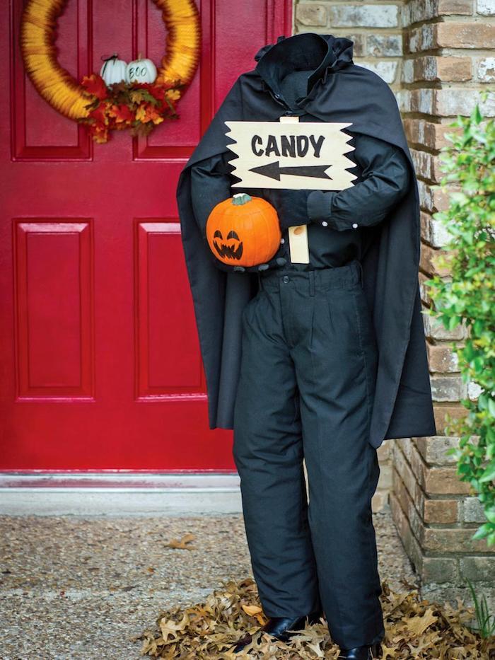 halloween party deko eingangstuer dekorieren kuerbis tuerkranz