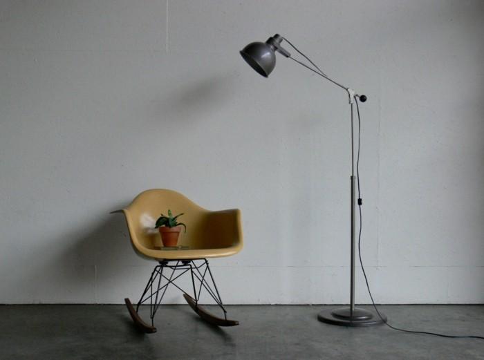 industrielampe vintage stehlampe schaukelstuhl