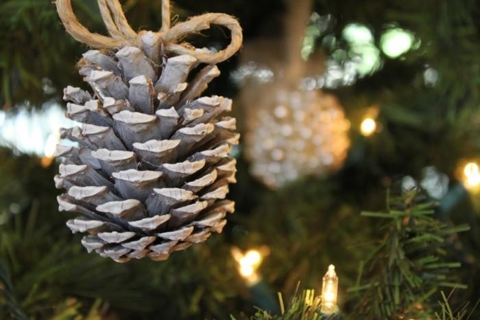 kreativ basteln tannenzapfen weihnachtsbaumdeko dekoanhänger