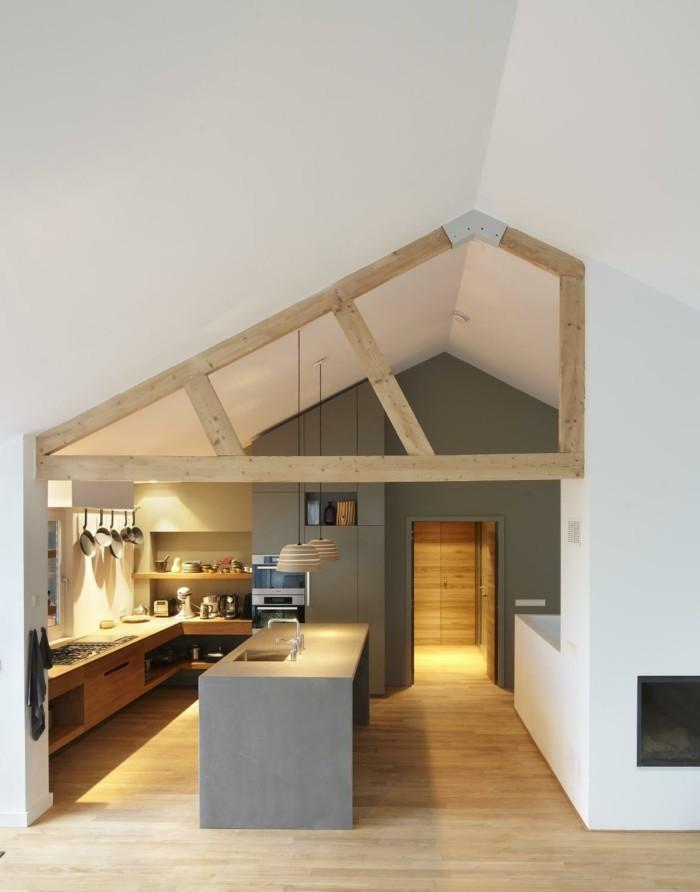graue fliesen dachschrge dekoration wohndesign. Black Bedroom Furniture Sets. Home Design Ideas