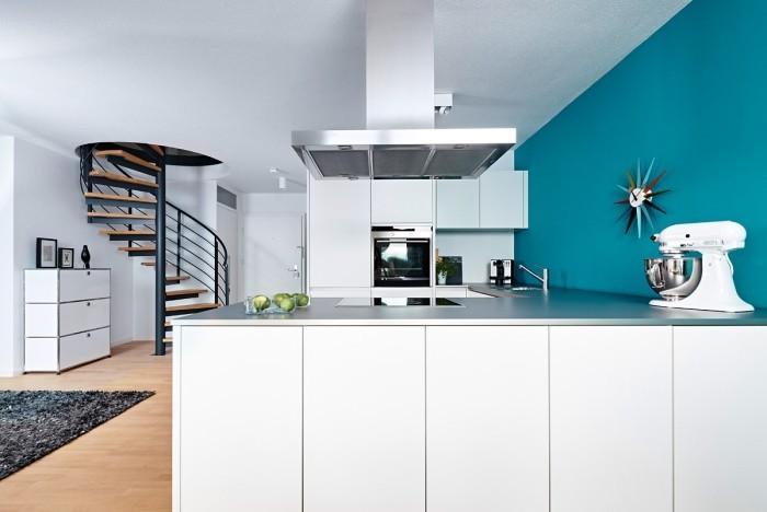 offene küche mit akzentwand modern gestalten