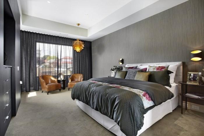 schlafzimmer einrichten graunuancen blumenmuster peppen das interieur auf