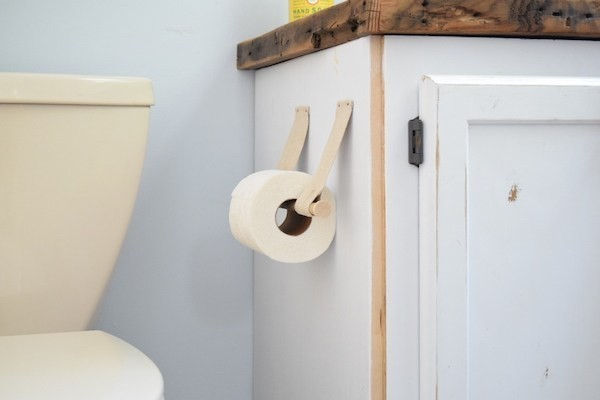 sehr-schlichtes-diy-wc-papierhalter