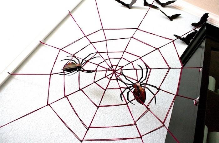 spinnweben selber machen mit spinnen zu halloween