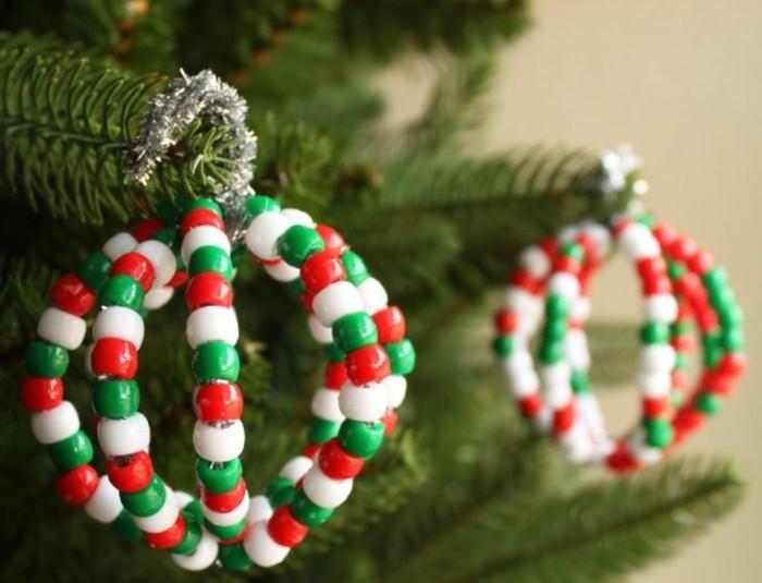 weihnachtsbasteln mit kindern grundformen bunte steinchen