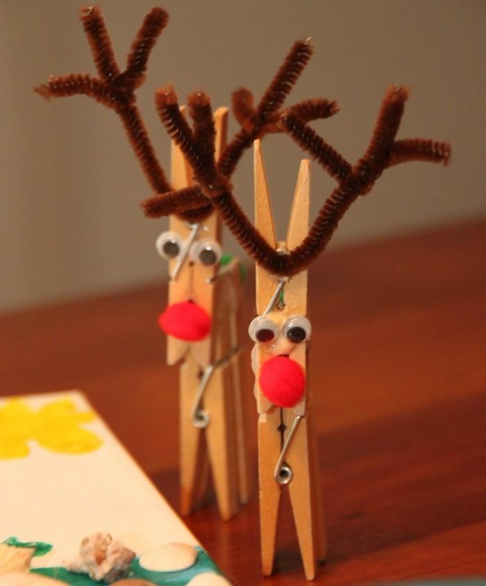 weihnachtsbasteln mit kindern grundformen renntier waescheklammer