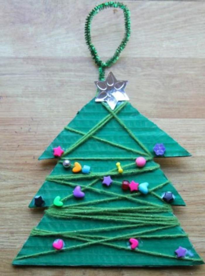 weihnachtsbasteln mit kindern grundformen tannenbaum ornament