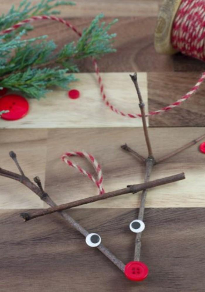 weihnachtsbasteln mit kindern rudolf aus stoecken