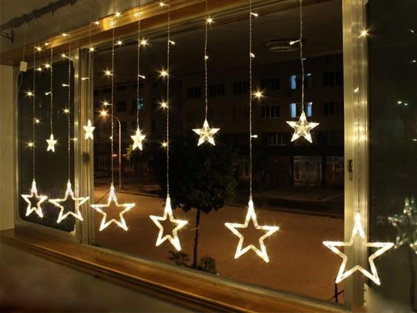 weihnachtsbeleuchtung sterne fesnterdekoration