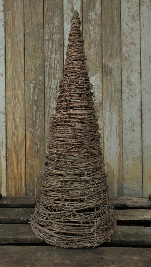 DIY Tannenbaum aus Zweigen