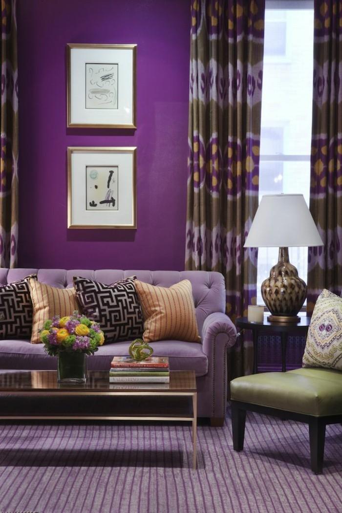 Die Farbe Lila lila wände wohnzimmer eleganter teppich blumen