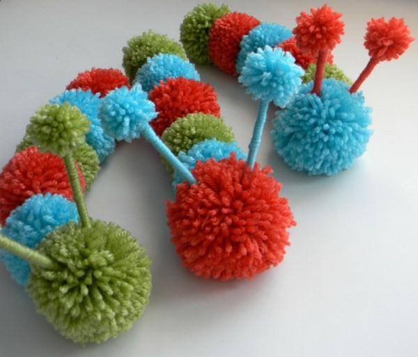 Lustige Dekoration mit Pompons
