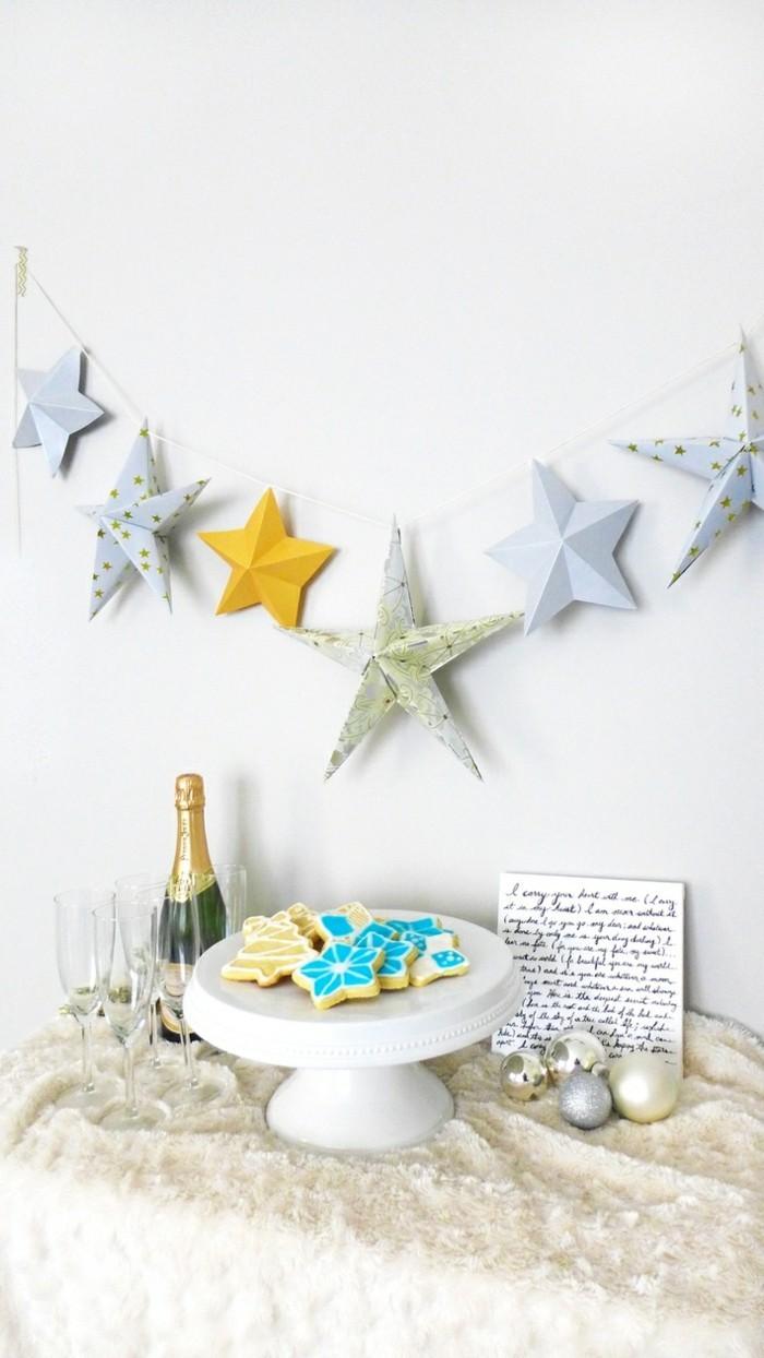 Sterne basteln für Weihnachten mitOrigami Anleitung weihnachten wanddekoration
