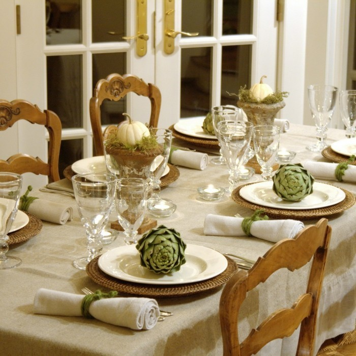 Elegant Christmas Dining Room