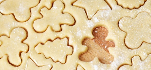 Verschiedene Formen für traditionelle Weihnachtskekse