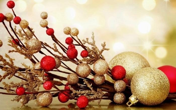 Weihnachtsdeko Ideen mit der Farbe Gold Rot
