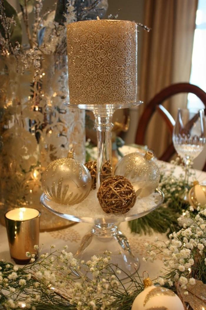 Weihnachtsdeko Ideen mit der Farbe Gold Tisch