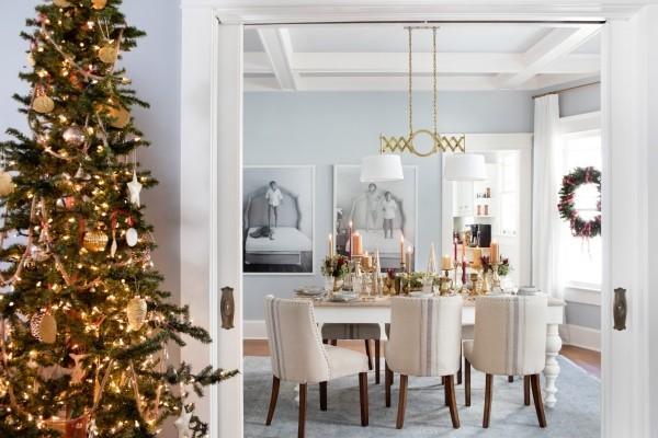 Weihnachtsdeko Landhausstil festliche atmosphäre goldene akzente