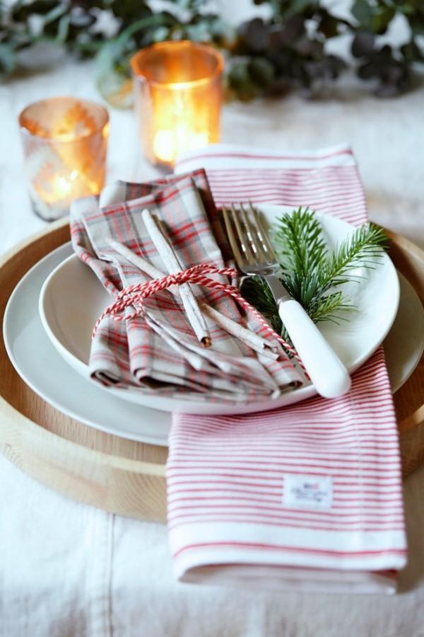 Weihnachtsdeko Landhausstil festtafel geschirr frische muster
