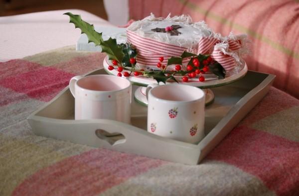 Weihnachtsdeko Landhausstil hagebutten frühstück