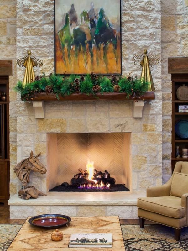 Weihnachtsdeko Landhausstil kaminsims dekorieren grün festliche stimmung