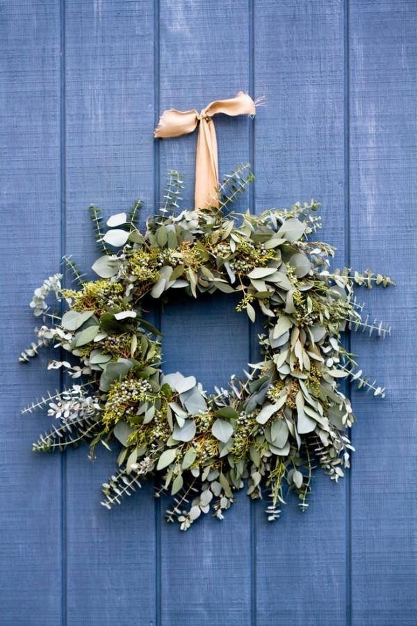 Weihnachtsdeko Landhausstil türkranz eingang dekorieren