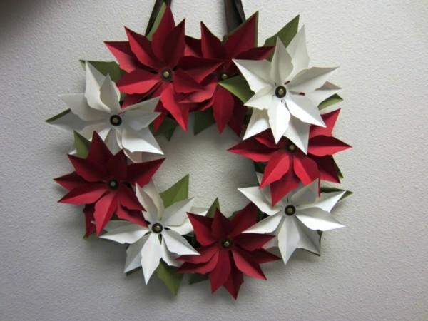 Weihnachtsdekoration selber machen Weihnachtssterne aus Papier