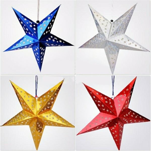 Weihnachtssterne aus Papier basteln in verschiedenen Farben